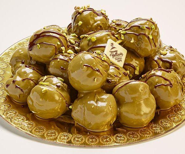 profiteroles-pistacchio-pasticceria-bellavia