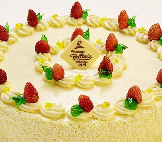 torta-chantilly-fragoline-pasticceria-bellavia-part