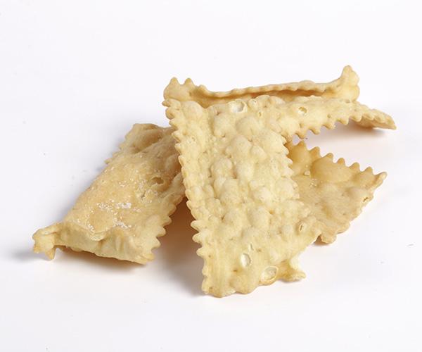 chiacchiere fritte al burro di panna bellavia